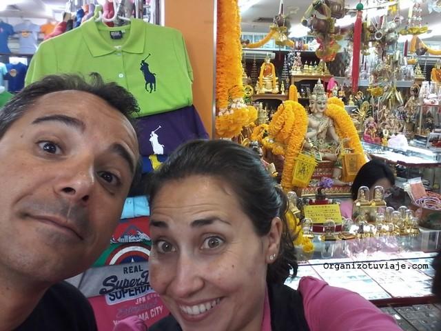 Compras en Bangkok. Mercados nocturnos, copias e imitaciones