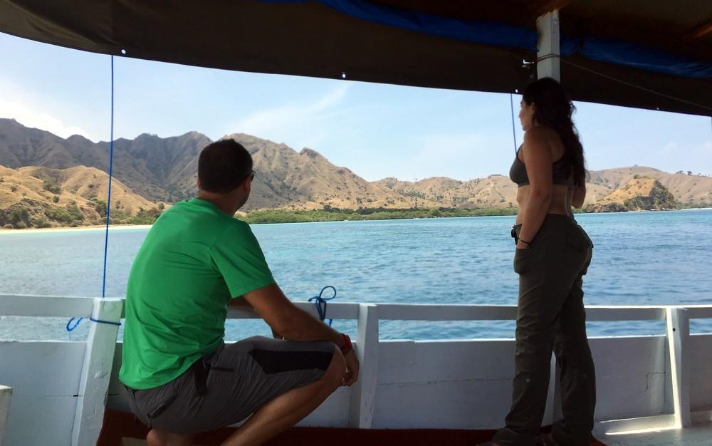 Barco hacia Komodo