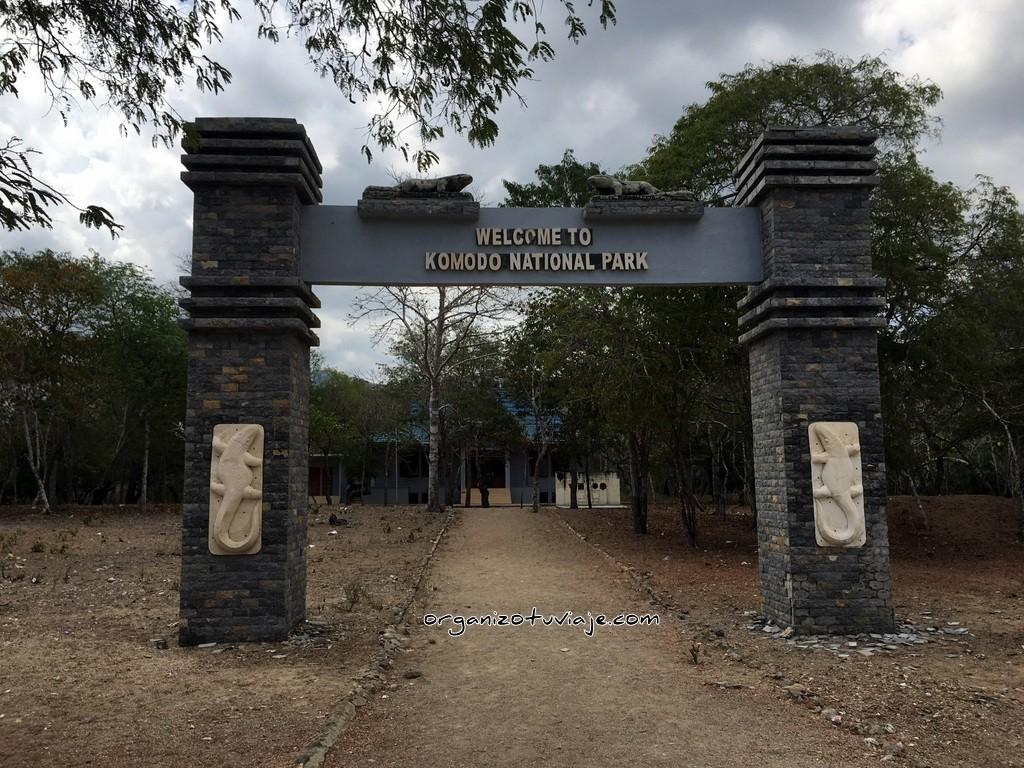 Entrada al parque nacional de Komodo