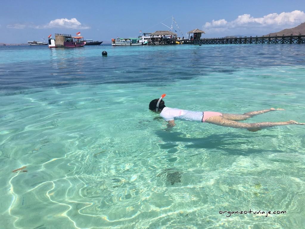 snorkel en las Islas de Flores, en Indonesia