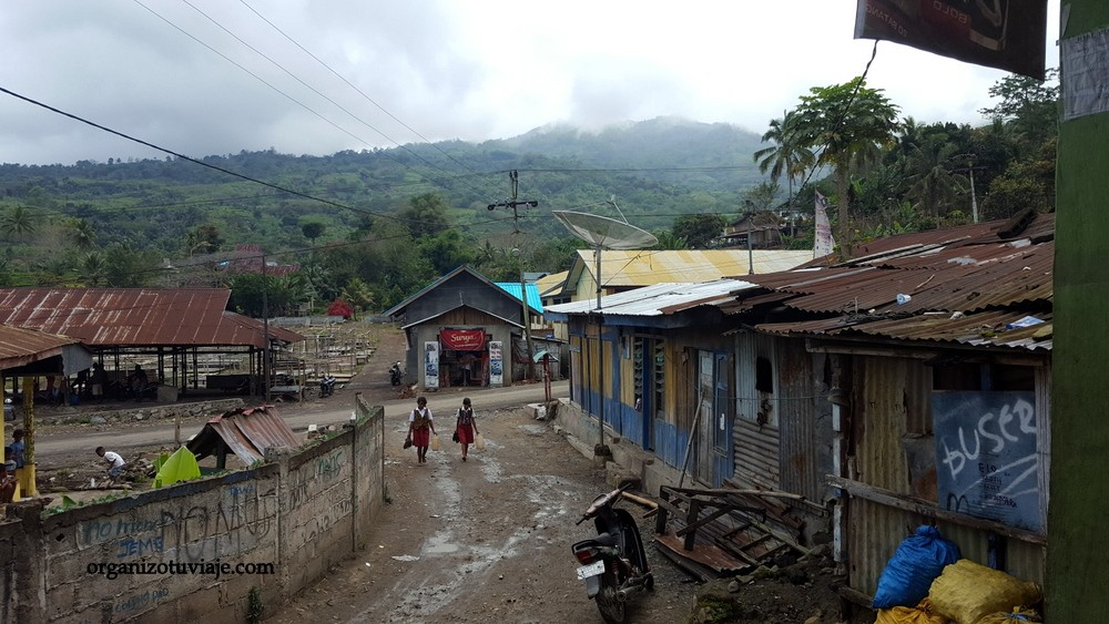 Tour al VOLCÁN KELIMUTU en Indonesia [OrganizoTuViaje]