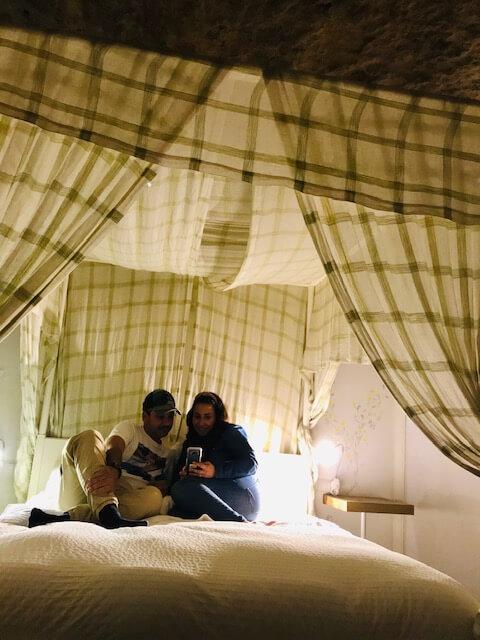 Dormir en una cueva en Córdoba